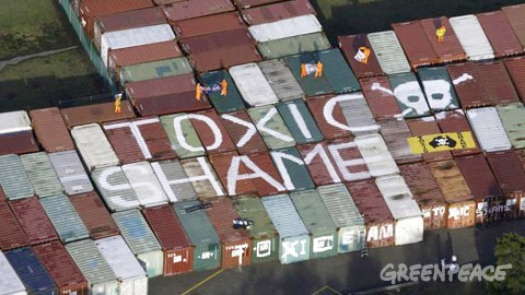 Australia peddling toxics to France